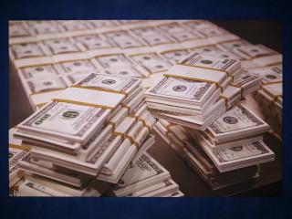 Долларовые пачки