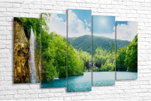 Водопад в Хорватском лесу